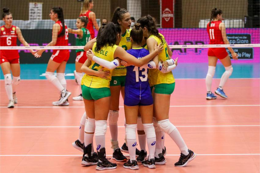 Capa da notícia - Mundial Sub-18: Brasileiras avançam com três vitórias