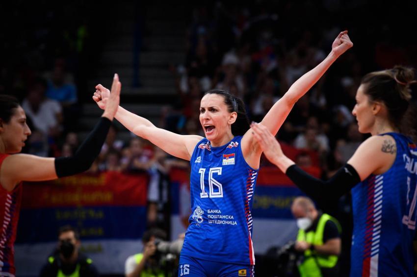 Capa da notícia - Milena Rasic confirma aposentaria da seleção sérvia