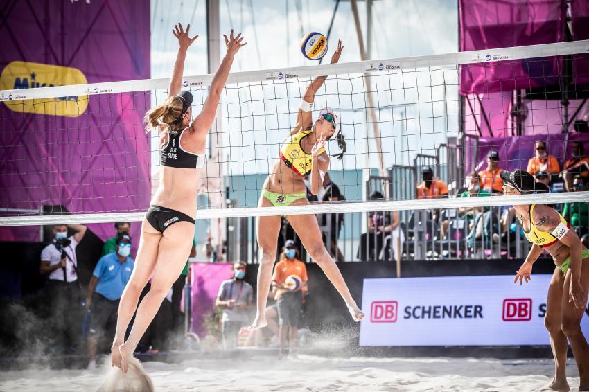 Capa da notícia - Ágatha e Duda terminam World Finals em quinto