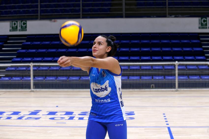 Capa da notícia - Itambé/Minas anuncia a contratação da líbero Júlia Moreira