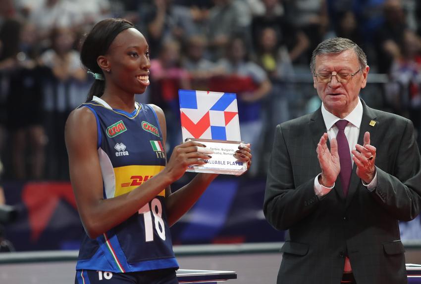 Capa da notícia - Europeu: Paola Egonu é a MVP
