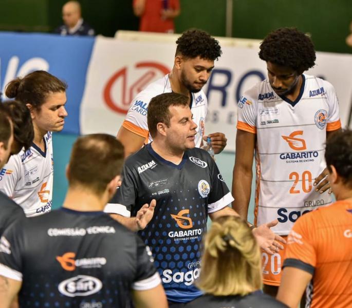 Capa da notícia - Pedro Moska volta ao vôlei feminino e assume Sada/Tambasa/Argos