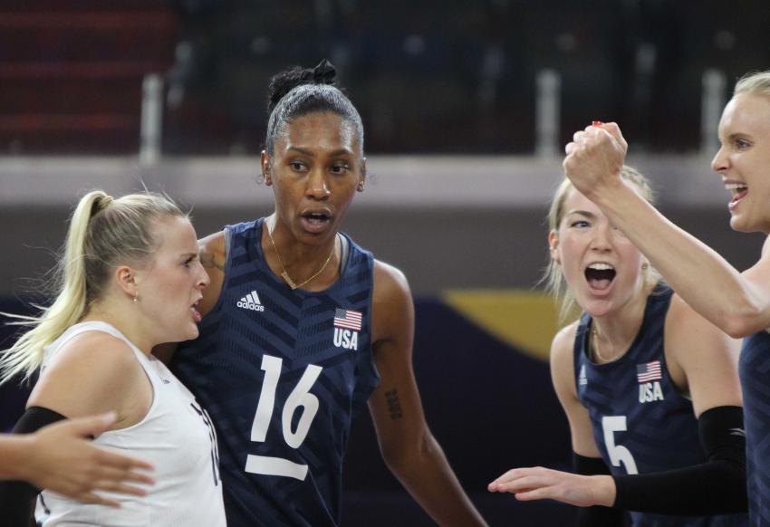 Capa da notícia - Norceca: Estados Unidos perde na estreia