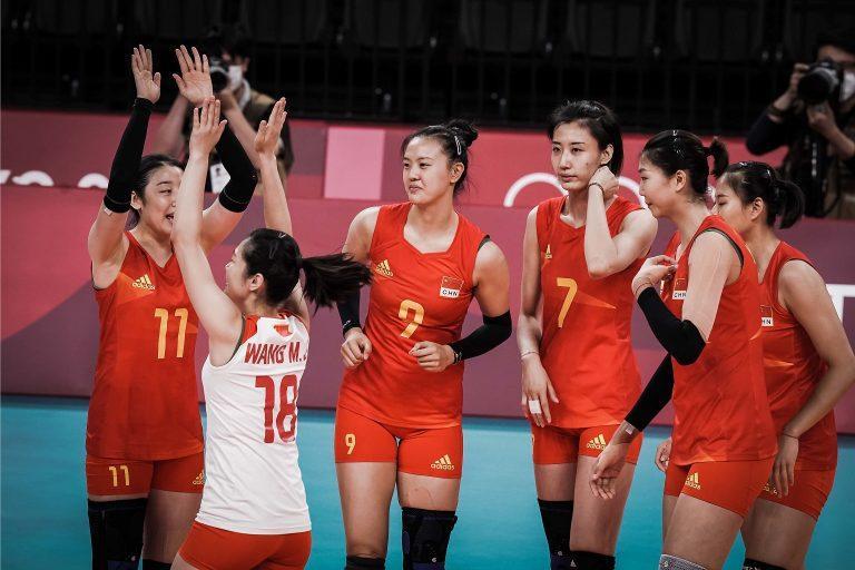 Capa da notícia - Tóquio: já eliminada, China vence primeira