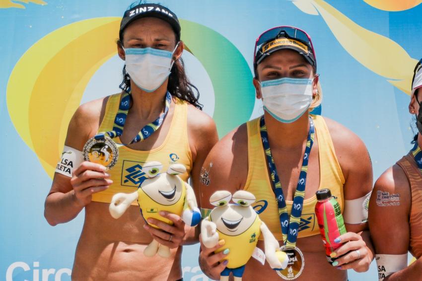 Capa da notícia - Talita e Rebecca faturam a primeira etapa do Circuito Brasileiro