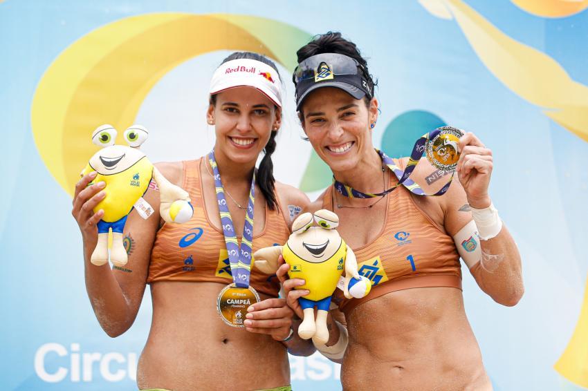 Capa da notícia - Ágatha é campeã da terceira etapa do Circuito Brasileiro ao lado de Duda