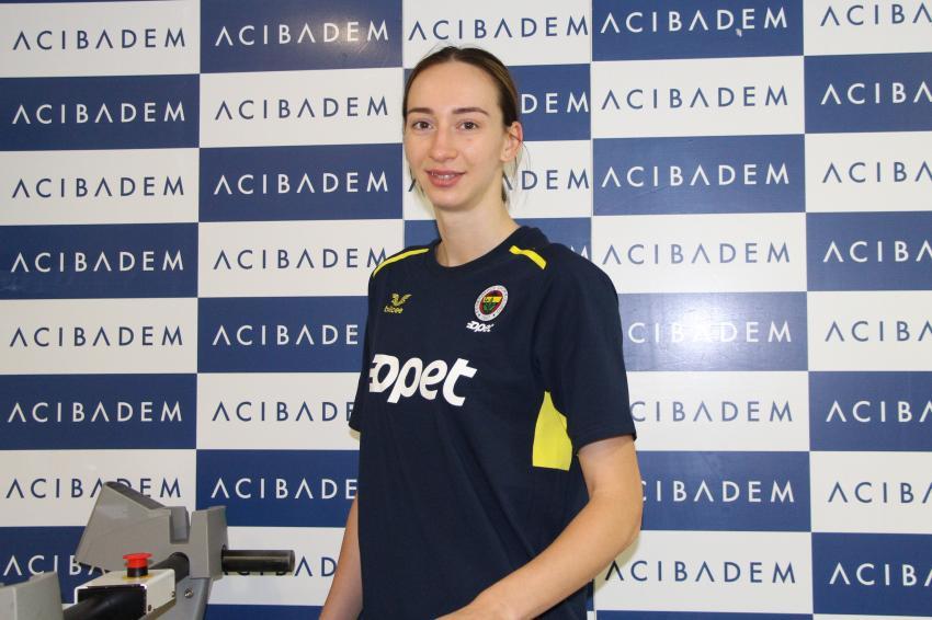 Capa da notícia - Anna Lazareva chega ao Fenerbahçe Opet