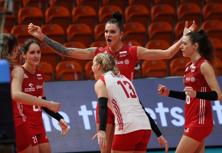 Capa da notícia - Europeu: Polônia avança às quartas de final