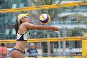 Mesmo após um ano sem jogar, Juliana foi o destaque do Brasil na temporada (Foto: Paulo Frank/CBV)