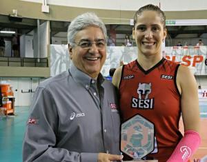 Mari Cassemiro foi eleita a melhor em quadra (Divulgação/Sesi)