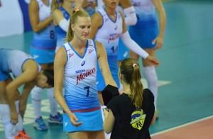 Mari foi eleita a melhor jogadora da partida (Foto: João Pires/Fotojump)