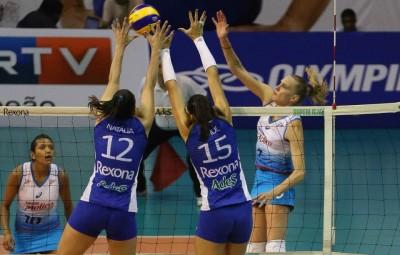 No único jogo entre Rexona e Molico esta temporada, cariocas venceram por 3 a 0 (Foto:  Luiz Pires/Fotojump)