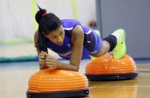 Expressão de Lia mostra o quanto o circuito exige das atletas (Foto: Orlando Bento/Minas)