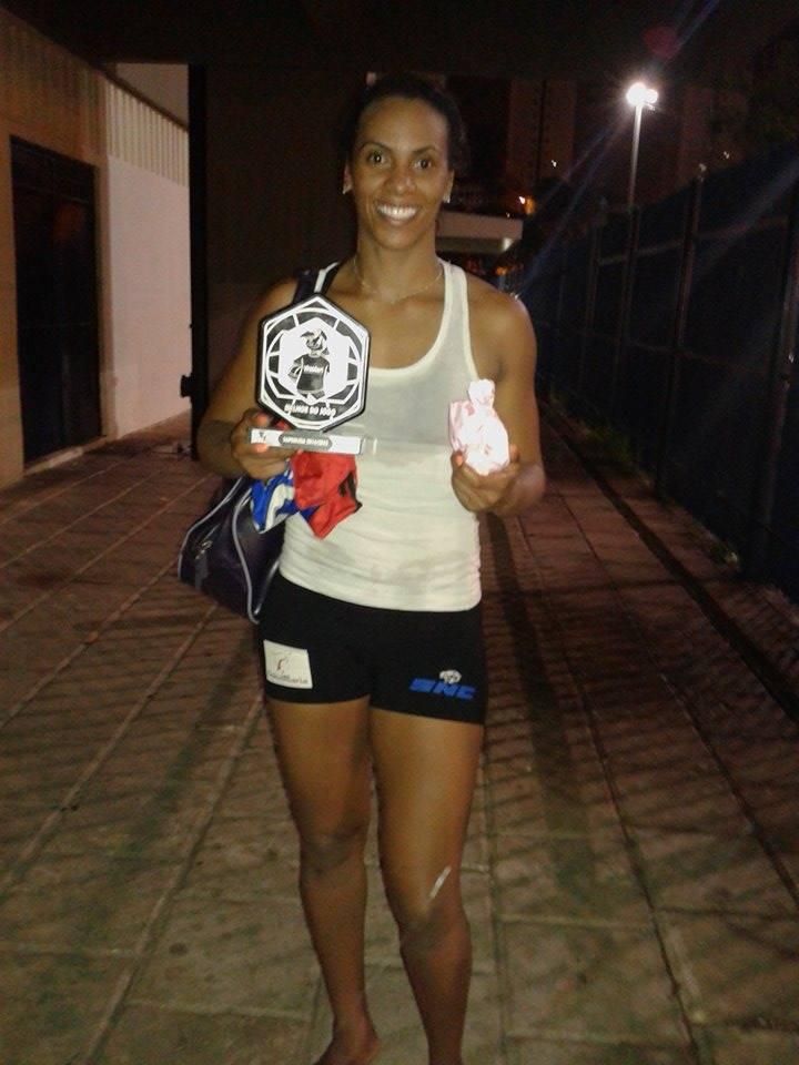 Priscila proporcionou ao público incríveis defesas e anotou nove pontos, sendo eleita a MVP da partida. Foto: Reprodução