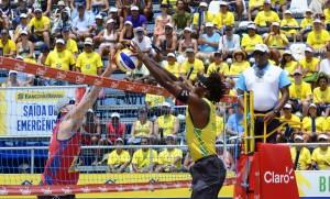 Brasileiros não podem mais serem alcançados no placar geral (Foto: Divulgação/CBV)