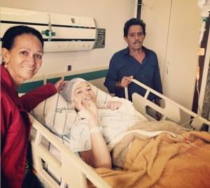 Érika contou com o apoio dos pais no hospital (Foto: Reprodução/Instagram)