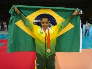 Fofão viveu o auge da sua carreira  com o título olímpico em 2008 (Foto: Divulgação)