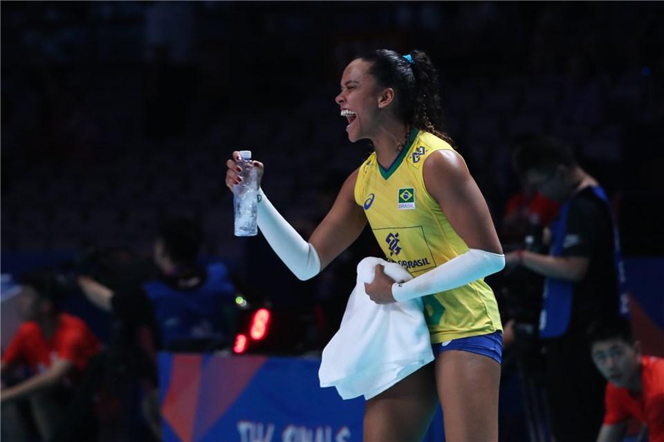 Melhor Do Volei Liga Das Nacoes Brasil Comemora Classificacao